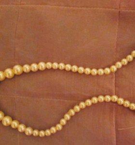 Ожерелье из искусственного жемчуга