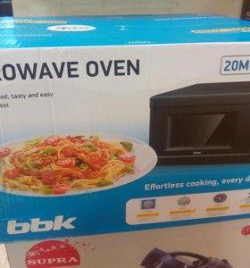Микроволнавая печь , новая