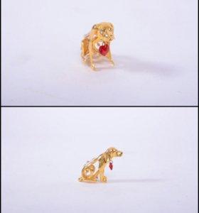 Сувенир собачка с кристаллами Swarowski.