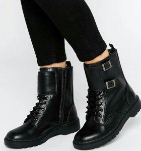 Ботинки женские кожаные T.U.K., новые