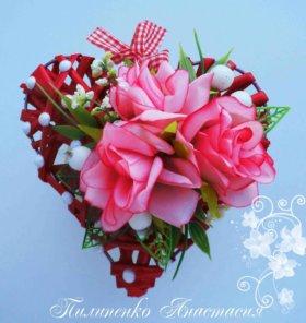 Валентинки-сердечки.