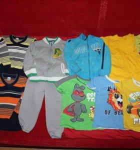Пакетом одежда на мальчика (20 шт. Размер 86-92)