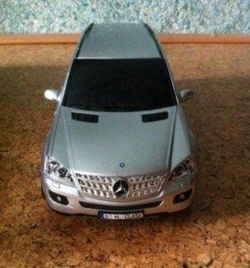 Радиоуправляемая машина Mercedes-Benz M-Class