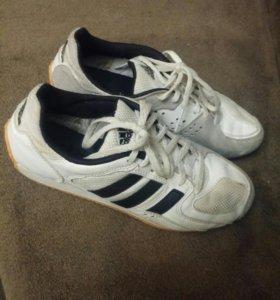 Кроссовки для фехтования adidas 37-38