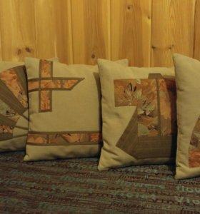 Набор лоскутных  декоративных подушек