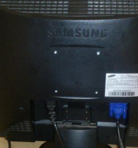 Монитор Samsung SincMaster510m