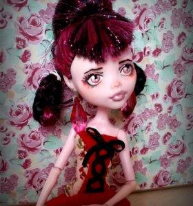 Кукла ООАК Дракулаура Монстр Хай