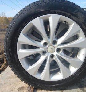 Заводские литые диски и резина 225/55R18
