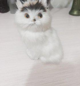 Кошка декоративная