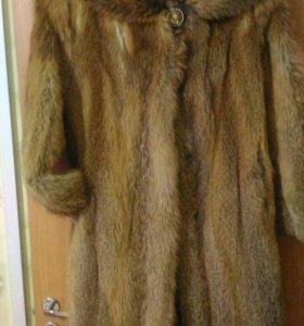 Шикарная шуба из меха лисы