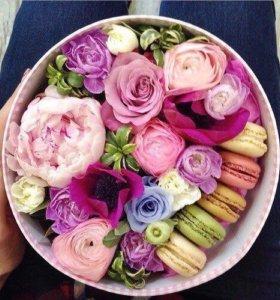 Подарочные коробочки с цветами и сладостями!