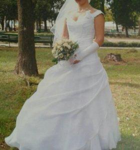 Продаю свадебное платье .
