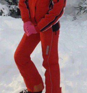 Костюм для сноуборда