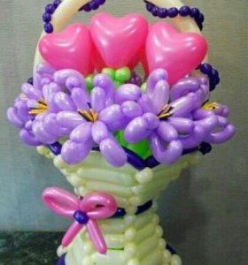 Ваза с цветами.оформление шарами.