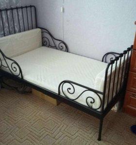Кровать из IKEA