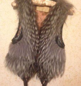 Жилетка чернобурка