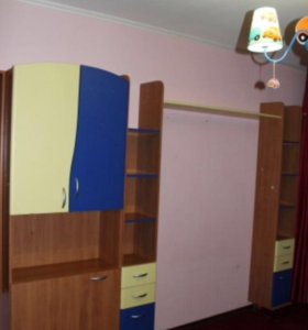 Шкаф и полочки