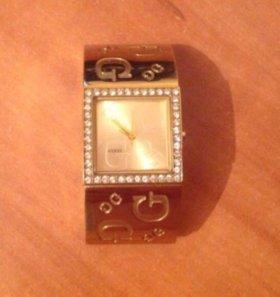 Часы Guess I80340L1