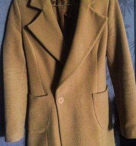 Пальто Adilisik