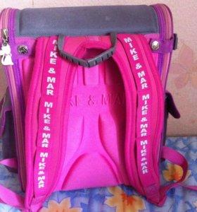 Школьный портфель,