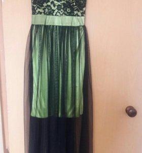 Приталенное платье в пол