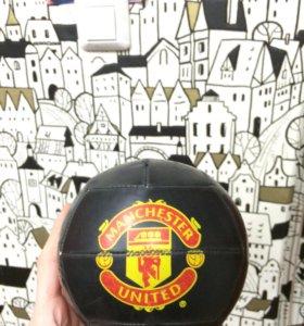 Мяч MAN UTD