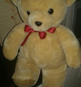 Плюшевый медведь 65см.состояние нового