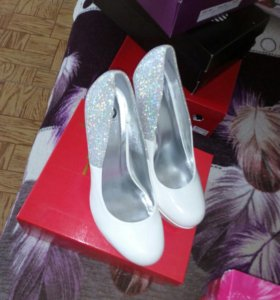Туфли и сапожки