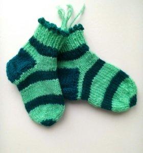 Вязаные детские носки