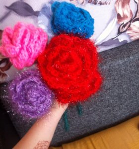 Вязанные розы