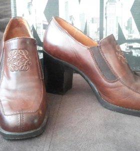 Туфли женские кожанные KMK Испания 37 размер. Торг