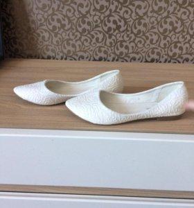 Туфли и балетки свадебные