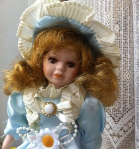 Подарок Кукла фарфоровая 20 см