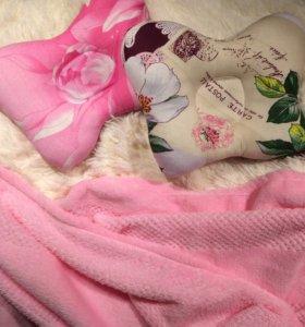 Пледик и ортопедические подушки в коляску/кроватку