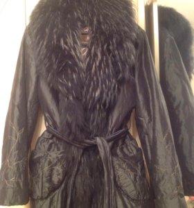 Продаётся куртка с натуральным мехом