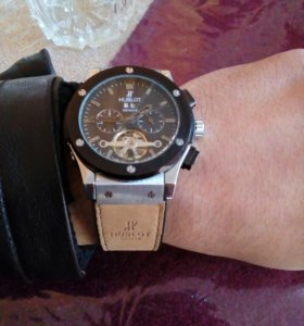 Продам часы хоблат