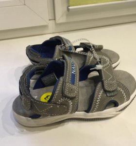 Новые сандалии NAUTICA