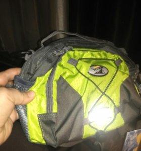 Спортивная сумка на поясе