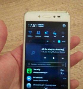 Телефон Lenovo S90 Sisley