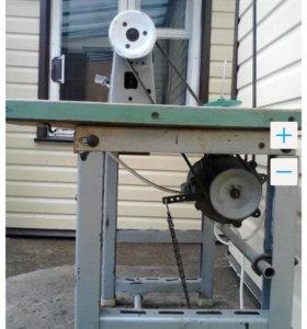 Промышленная швейная машина 1022 класс