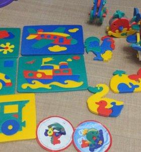 Много развивающих игрушек