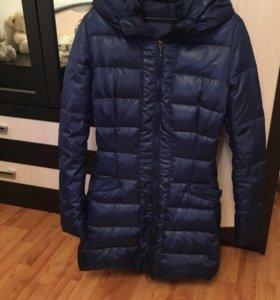 Пальто пуховик почти новое