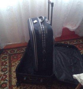 чемодан средний размер
