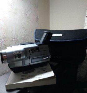 Видеокамера Sony DCR-TRV355E