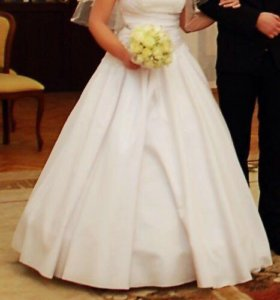 Счастливое свадебное платье 44-48 на шнуровке