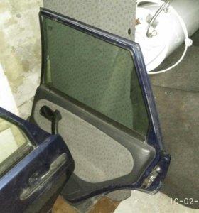 Двери задние ваз 2115