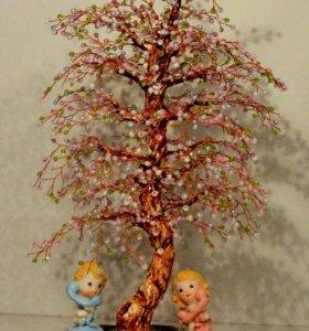 Сувенирное деревце с малышами. Подарок