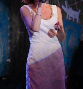 Платье белое с подкладом 44