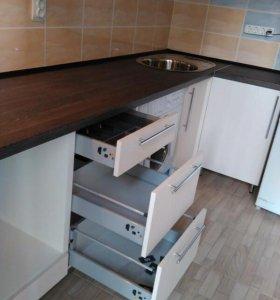 Кухонный гарнитур 3.0м.