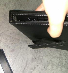 Клавиатура с чехлом для планшета